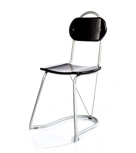 U-nest chair Stained